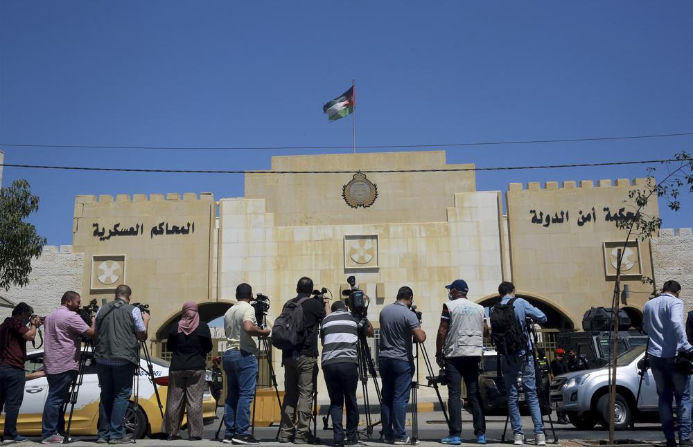 محام: القضاء الأردني رفض طلب استدعاء الأمير حمزة للشهادة في