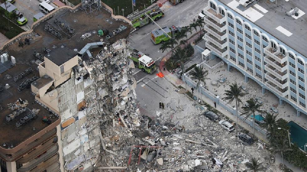 بايدن يصل إلى فلوريدا.. السياسة تحكم تحركات المسؤولين الأمريكيين إزاء انهيار المبنى السكني