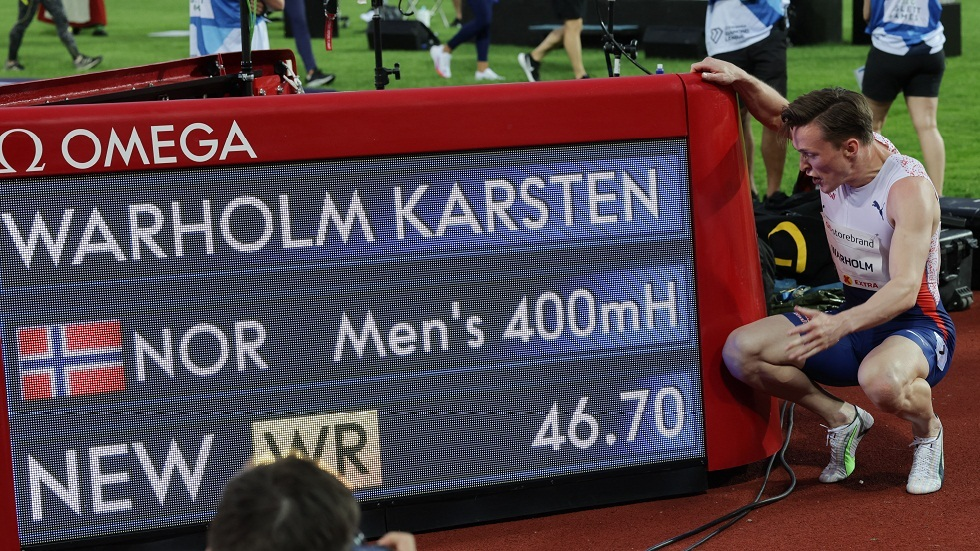النرويجي فارهولم يسجل رقما قياسيا عالميا في سباق 400 م حواجز (فيديو)