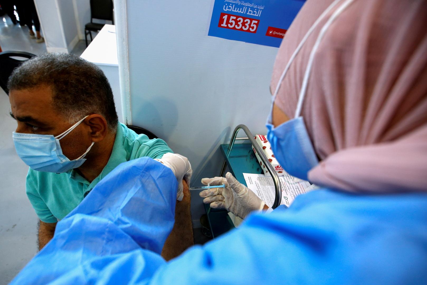 مصر تسجل 25 وفاة و242 إصابة جديدة بفيروس كورونا