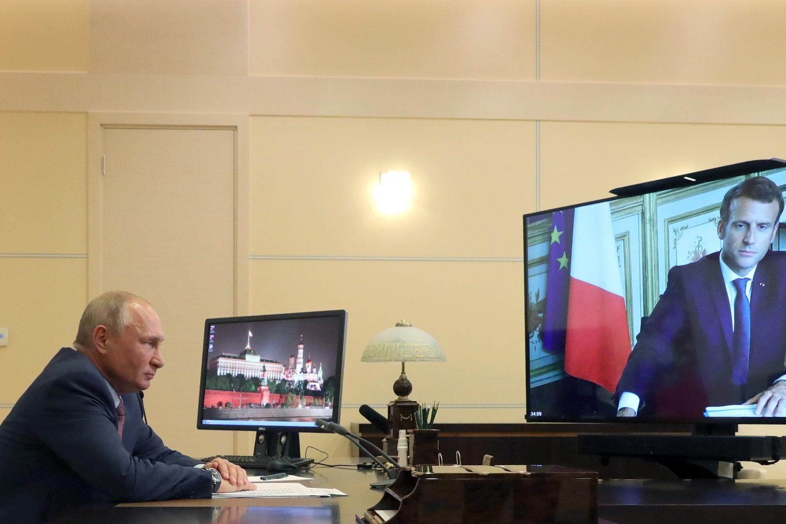 بوتين وماكرون يبحثان ليبيا وأوكرانيا وقره باغ