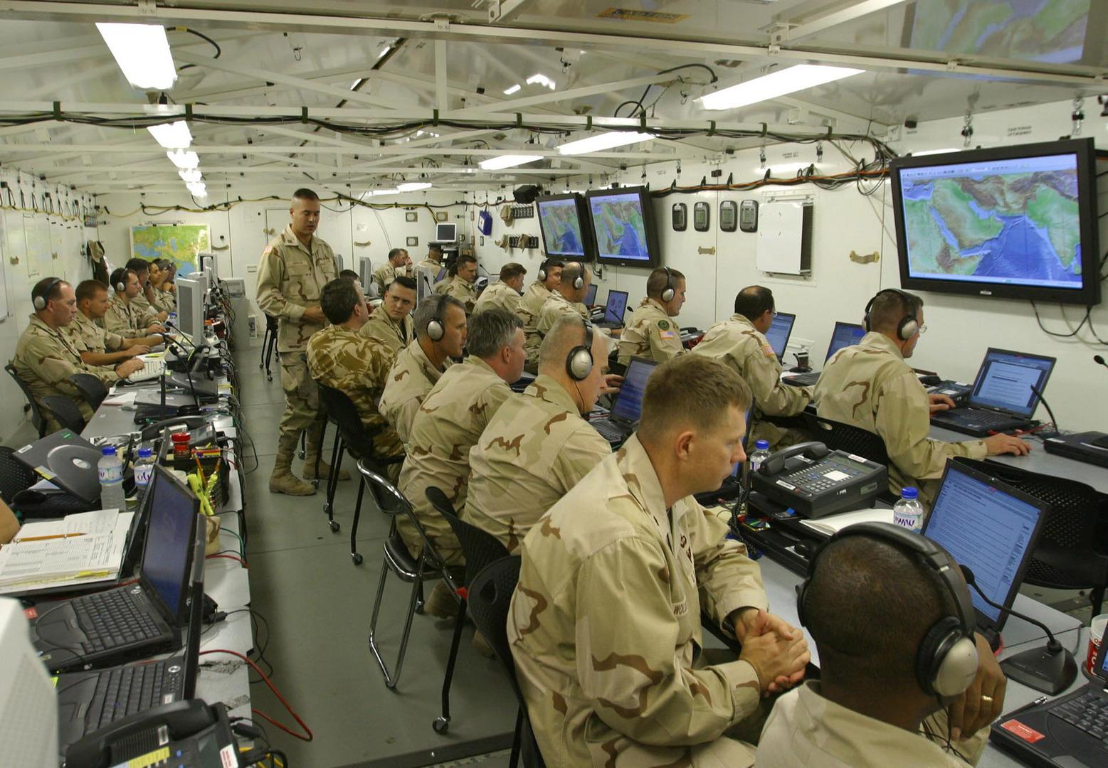 تقرير: الجيش الأمريكي ينقل جنوده ومعداته من قطر إلى الأردن