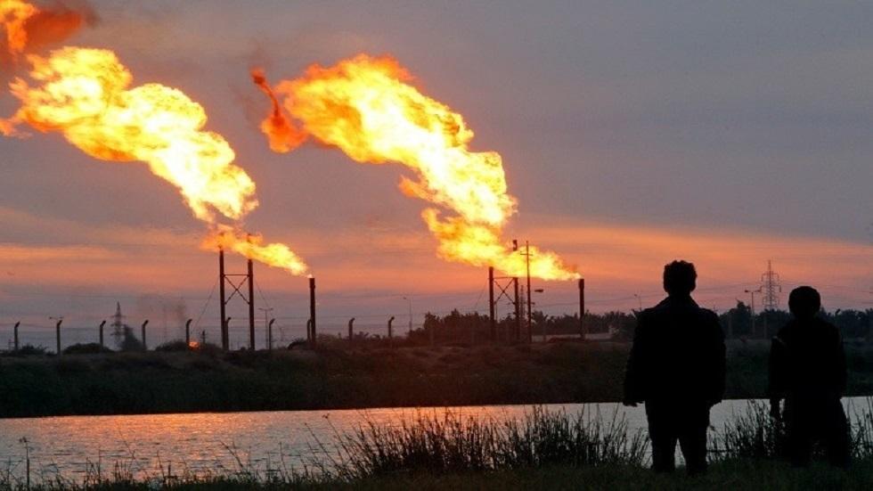 العراق.. كبريات الشركات النفطية تفكر في الانسحاب