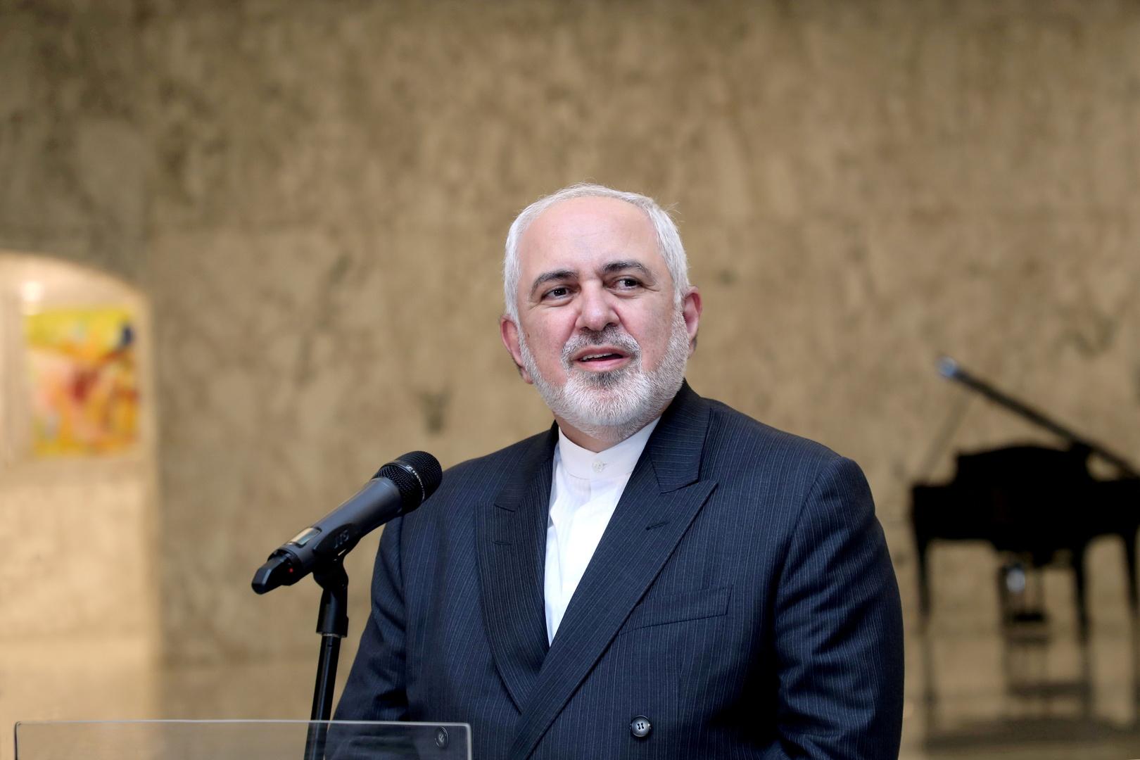 ظريف: العنف الأمريكي ضد الشعب الإيراني متواصل عبر الإرهاب الاقتصادي