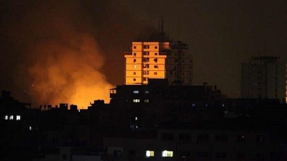 مراسل RT: غارات إسرائيلية على مواقع فلسطينية في قطاع غزة والمقاومة تطلق نيران مضاداتها الأرضية