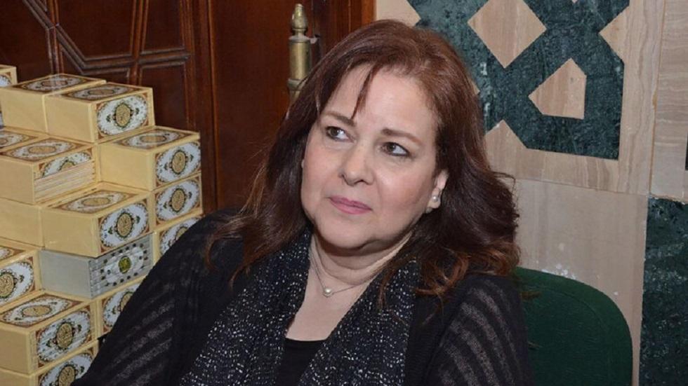 الصحة المصرية تكشف تطورات جديدة حول حالة دلال عبد العزيز