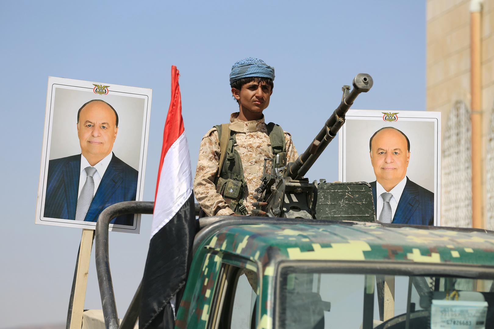 قتلى وجرحى جراء قصف معسكر لقوات الحكومة اليمنية في أبين