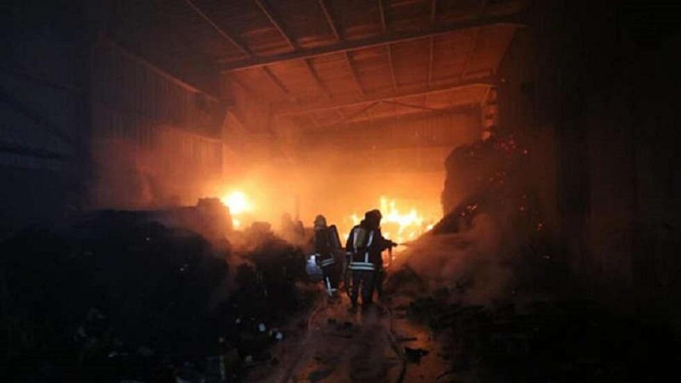 الأردن.. حريق كبير بمستودع للمواد الكيميائية