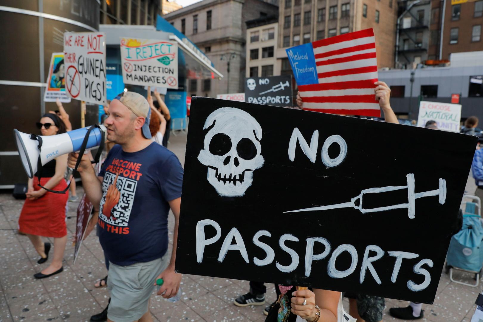 استطلاع: غالبية الأمريكيين يؤيدون جهود بايدن في مواجهة كورونا