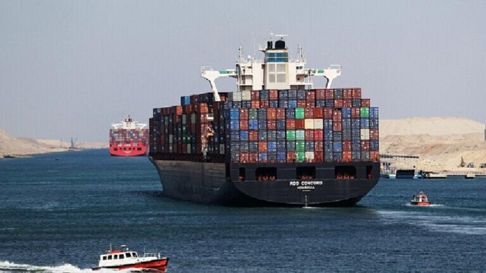 مصادر مصرية: التعويض المتفق عليه مع السفينة