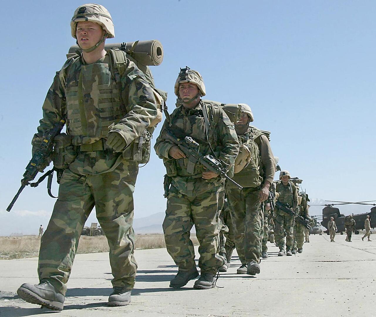 رئيس وزراء أردني سابق ينفي ما نقل على لسانه بشأن القوات الأمريكية في أفغانستان