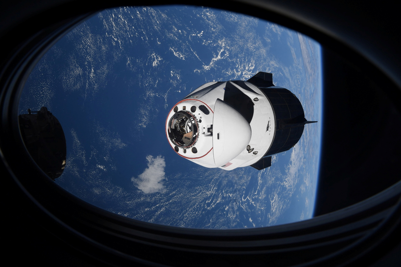 تأجيل انفصال مركبة Crew Dragon عن المحطة الفضائية الدولية
