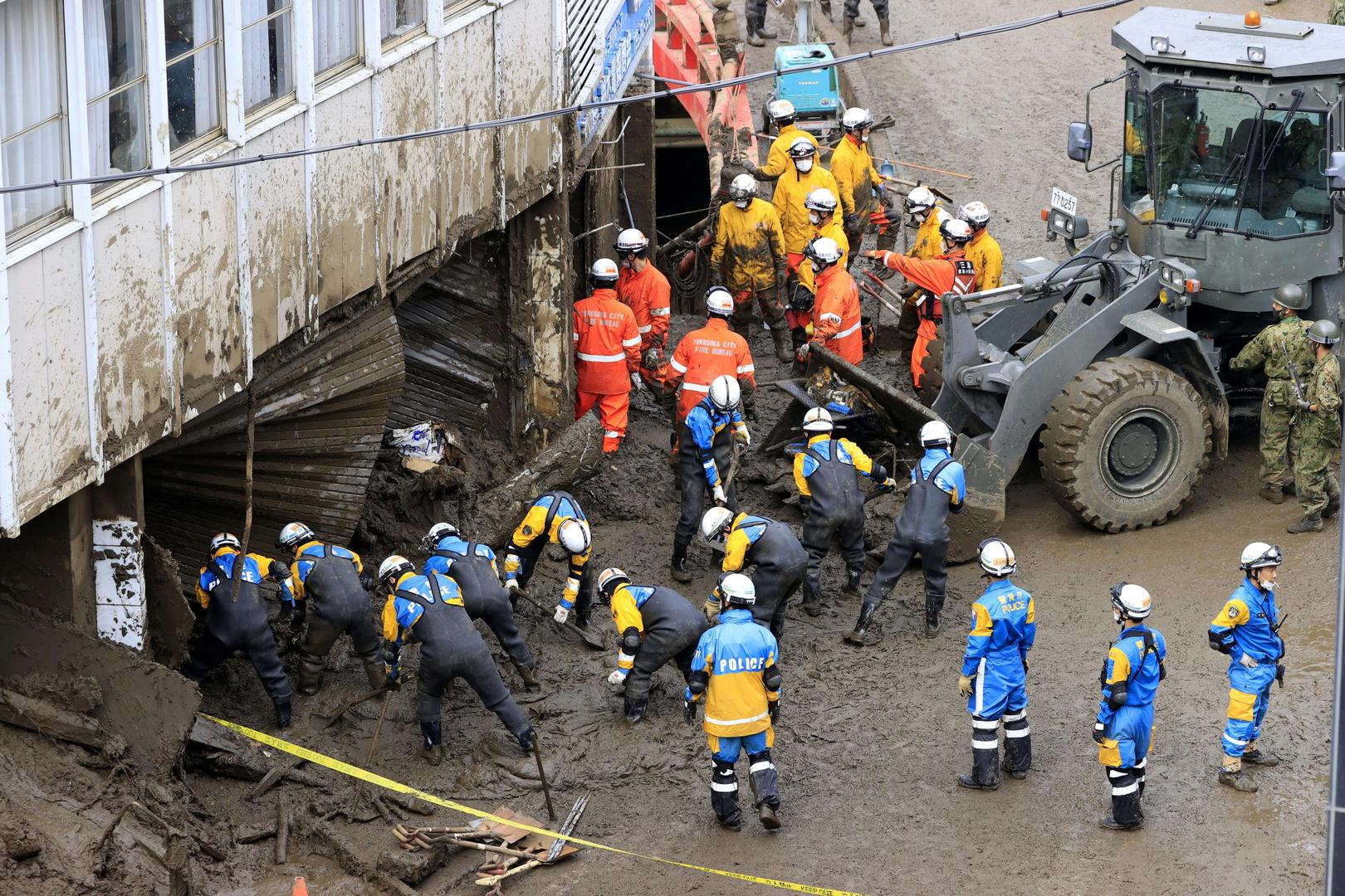 اليابان.. فرص النجاة تتضاءل في العثور على 24 مفقودا في انهيارات أرضية