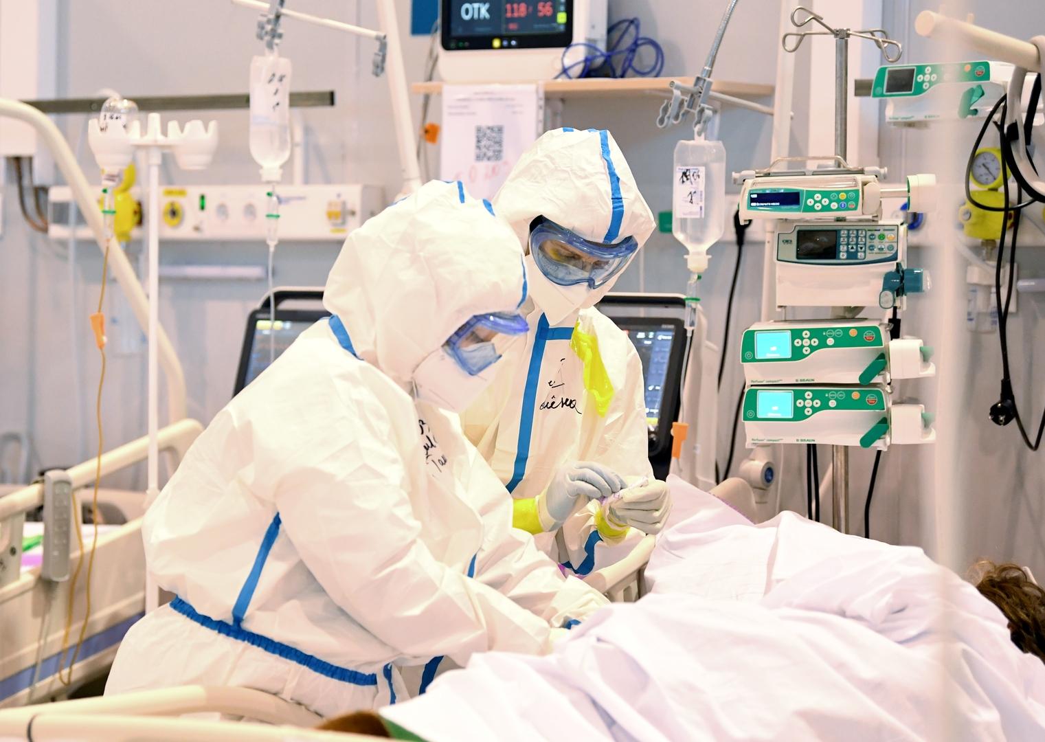 روسيا تسجل 23378 إصابة جديدة و737 وفاة بكورونا خلال الساعات الـ24 الأخيرة