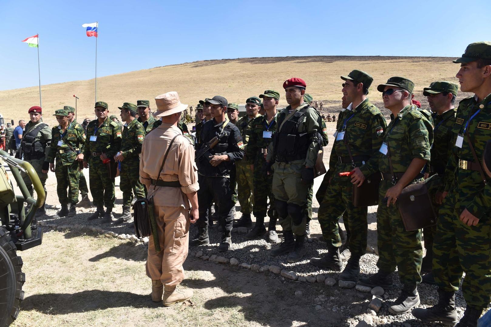 الخارجية الروسية: مستعدون لتقديم مساعدة لطاجيكستان في حال تفاقم الوضع على حدودها مع أفغانستان