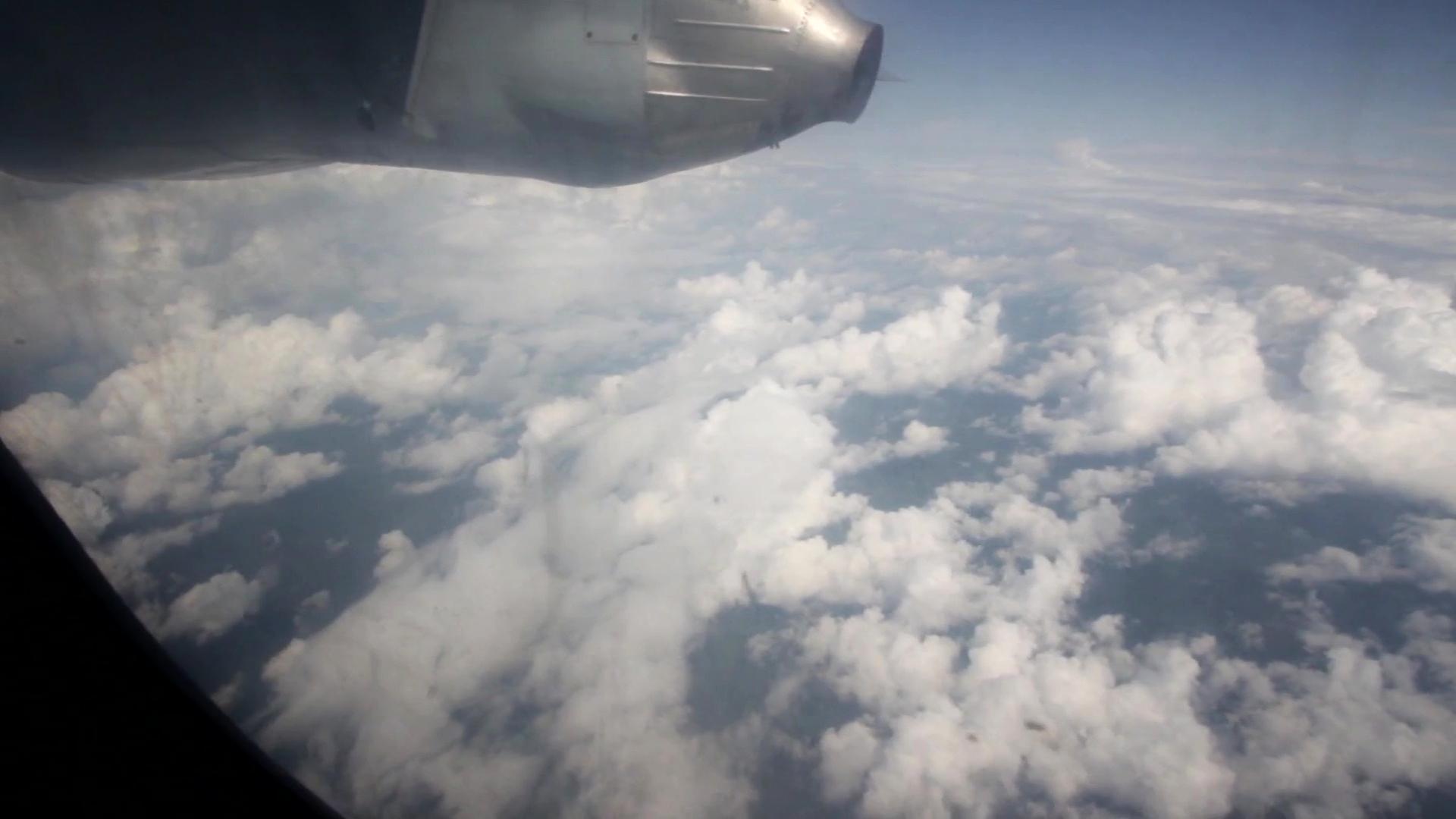 الصورة الأولى لموقع تحطم طائرة