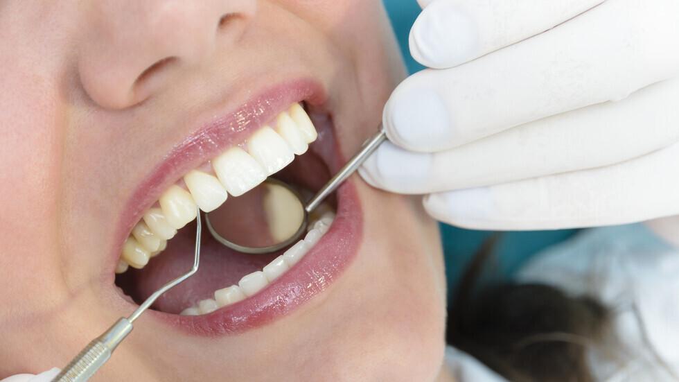 ثلاثة مؤشرات رئيسية في الفم تدل على ارتفاع نسبة السكر في الدم