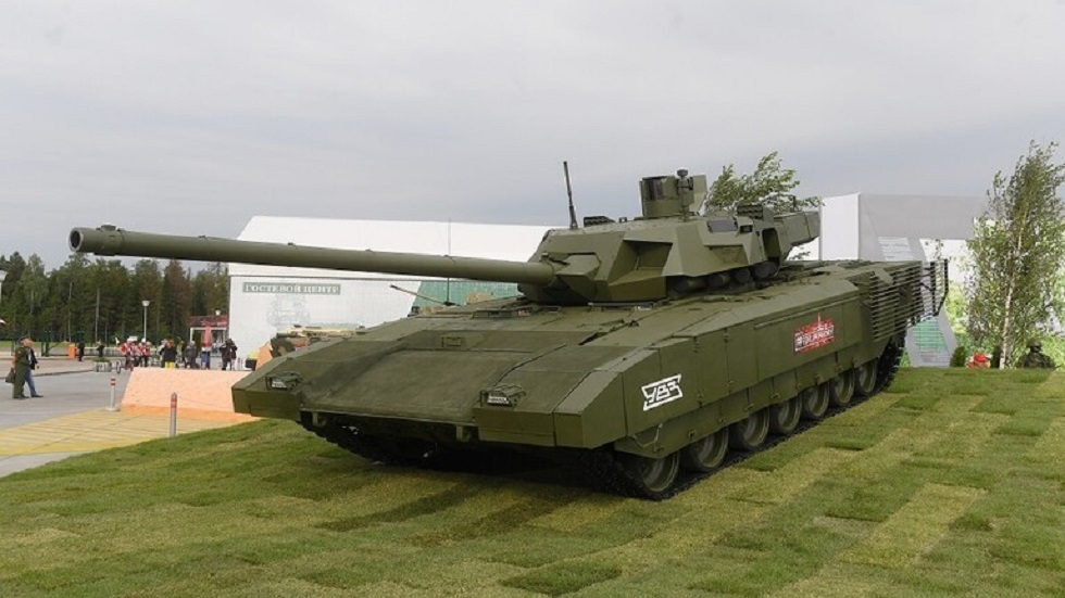 الحكومة الروسية تعلن انتهاء اختبار دبابة