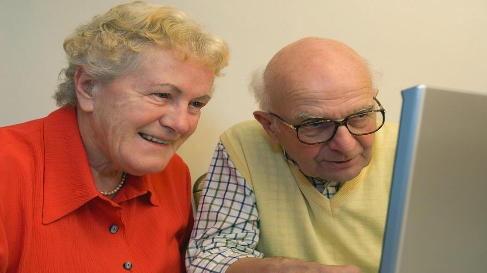 كيف يحتفظ البعض بذاكرة جيدة حتى سن الشيخوخة؟