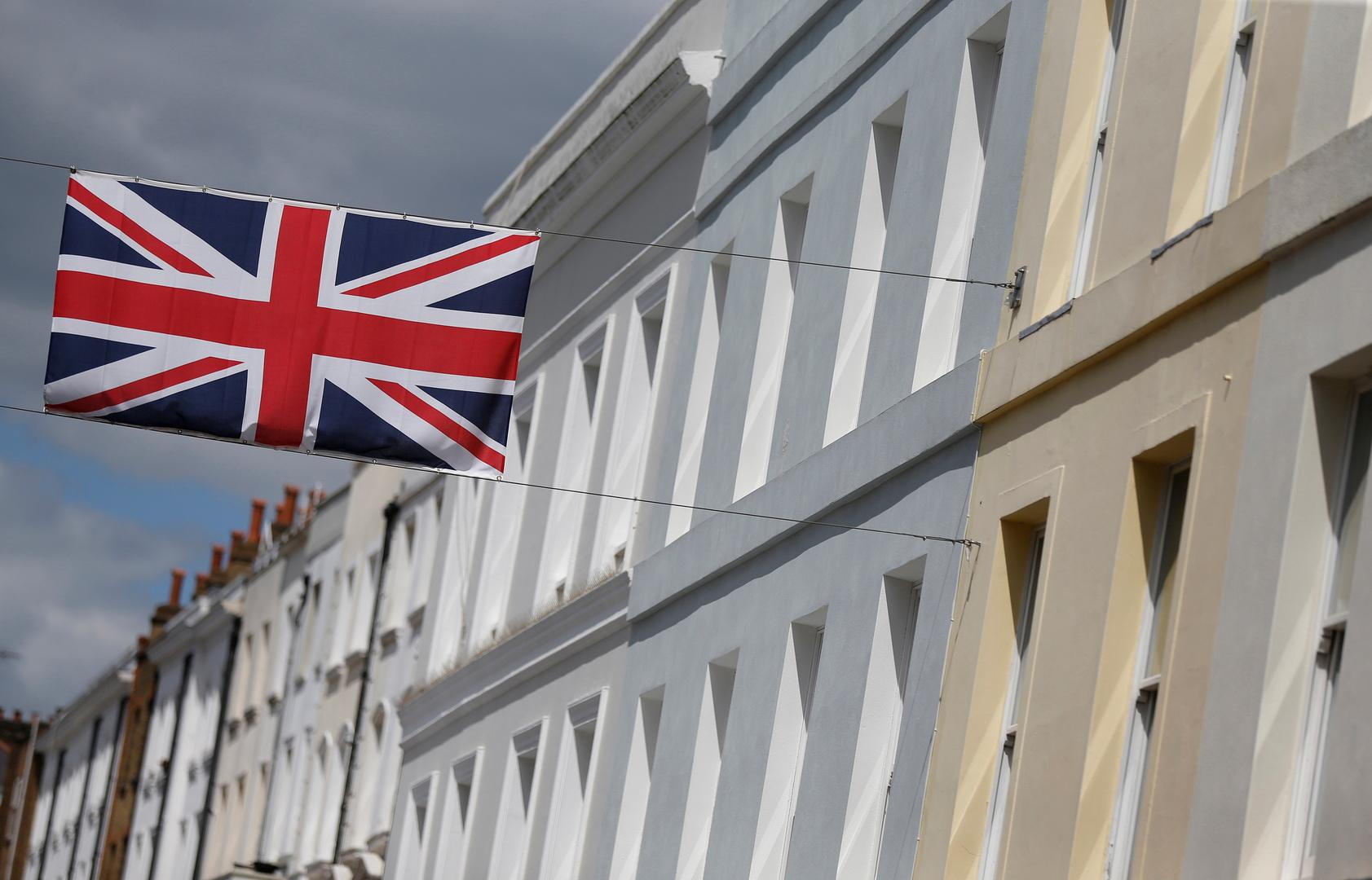 بريطانيا توقع اتفاقا تجاريا مع ثلاث دول