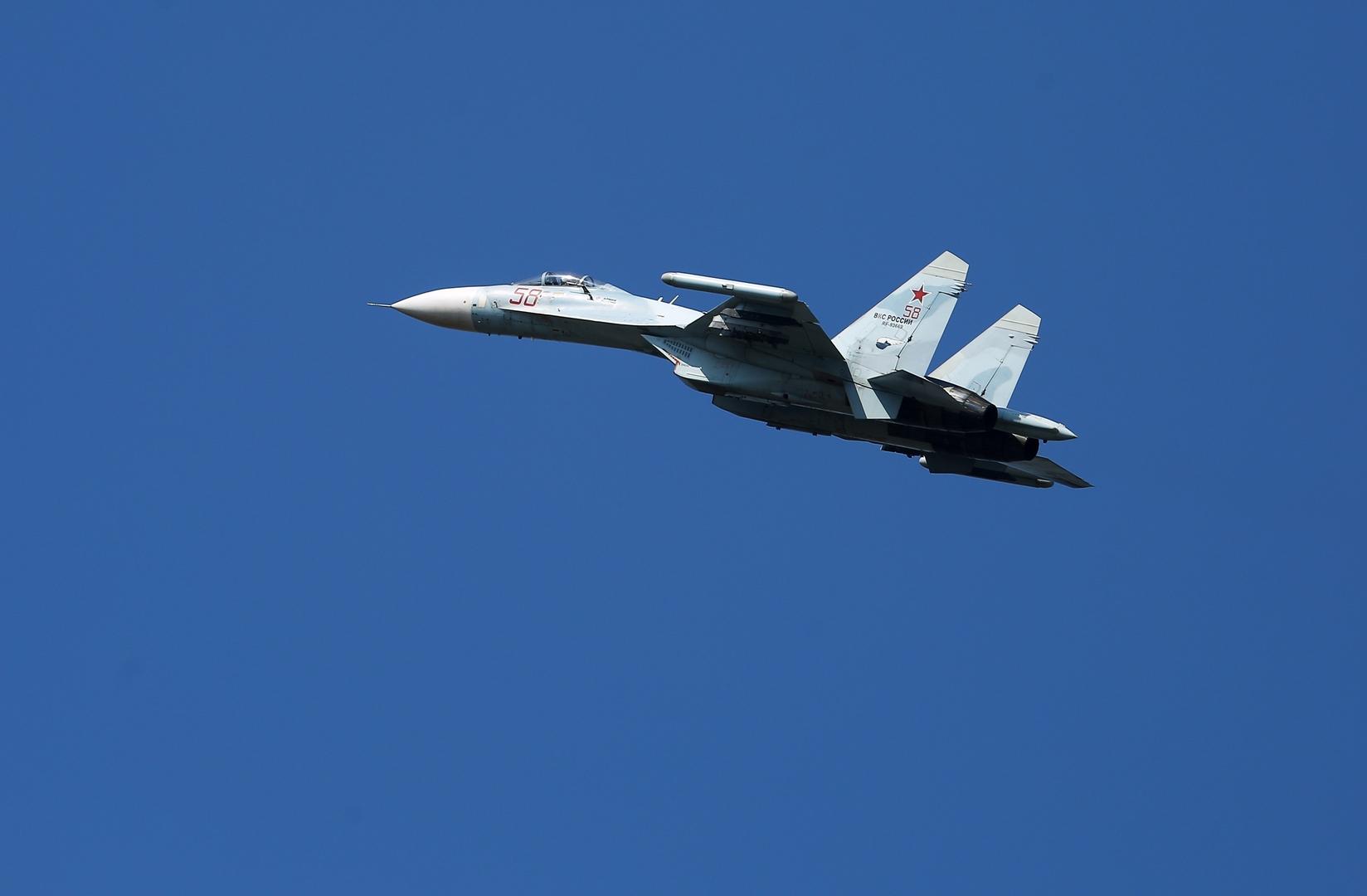 مقاتلة روسية ترافق طائرة استطلاع فرنسية فوق بحر البلطيق