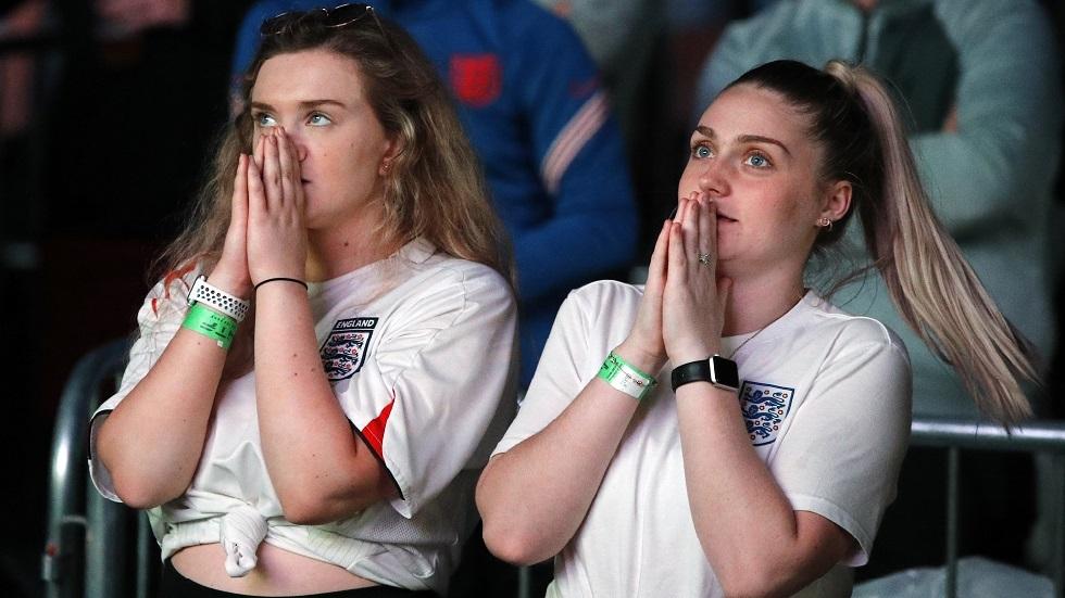 مدارس إنجلترا للتلاميذ: استمتعوا بنهائي بطولة أوروبا وتعالوا متأخرين