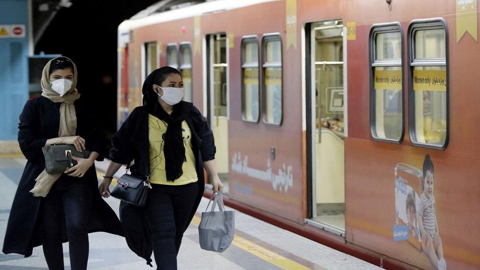 هجوم سيبراني يحدث فوضى بمحطات القطارات الإيرانية