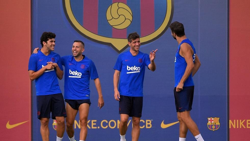 رسمياً .. برشلونة يضحي خامس لاعب من أجل ميسي