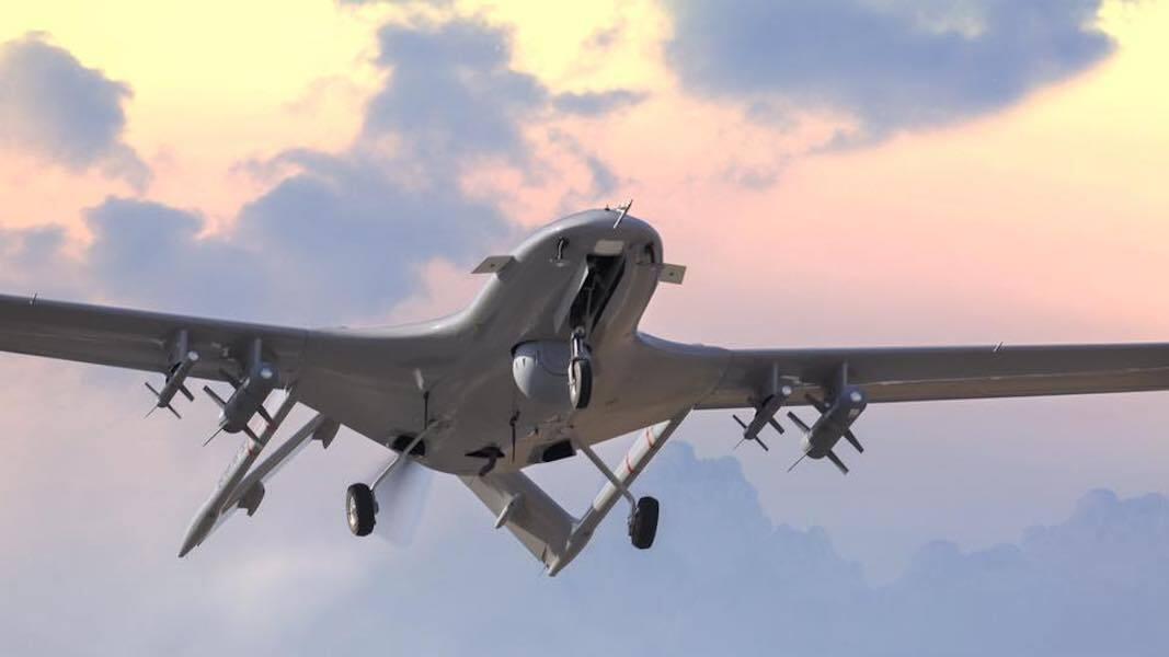 طائرة مسيرة تركية تحلق بشكل متواصل أكثر من 13 ساعة محملة بشحنة وزنها 1.3 طن