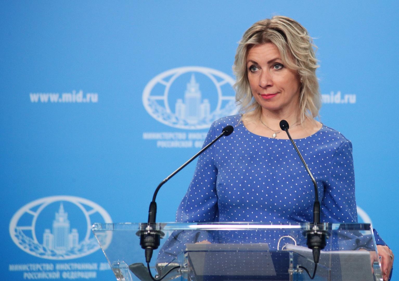 موسكو: تصريحات فرنسا عن اللقاحات تمييزية وتحيي روح الفصل العنصري النازي