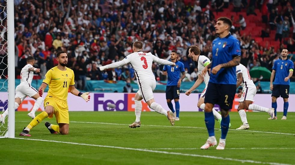 إنجلترا تسجل الهدف الأول في المباراة النهائيةلـ