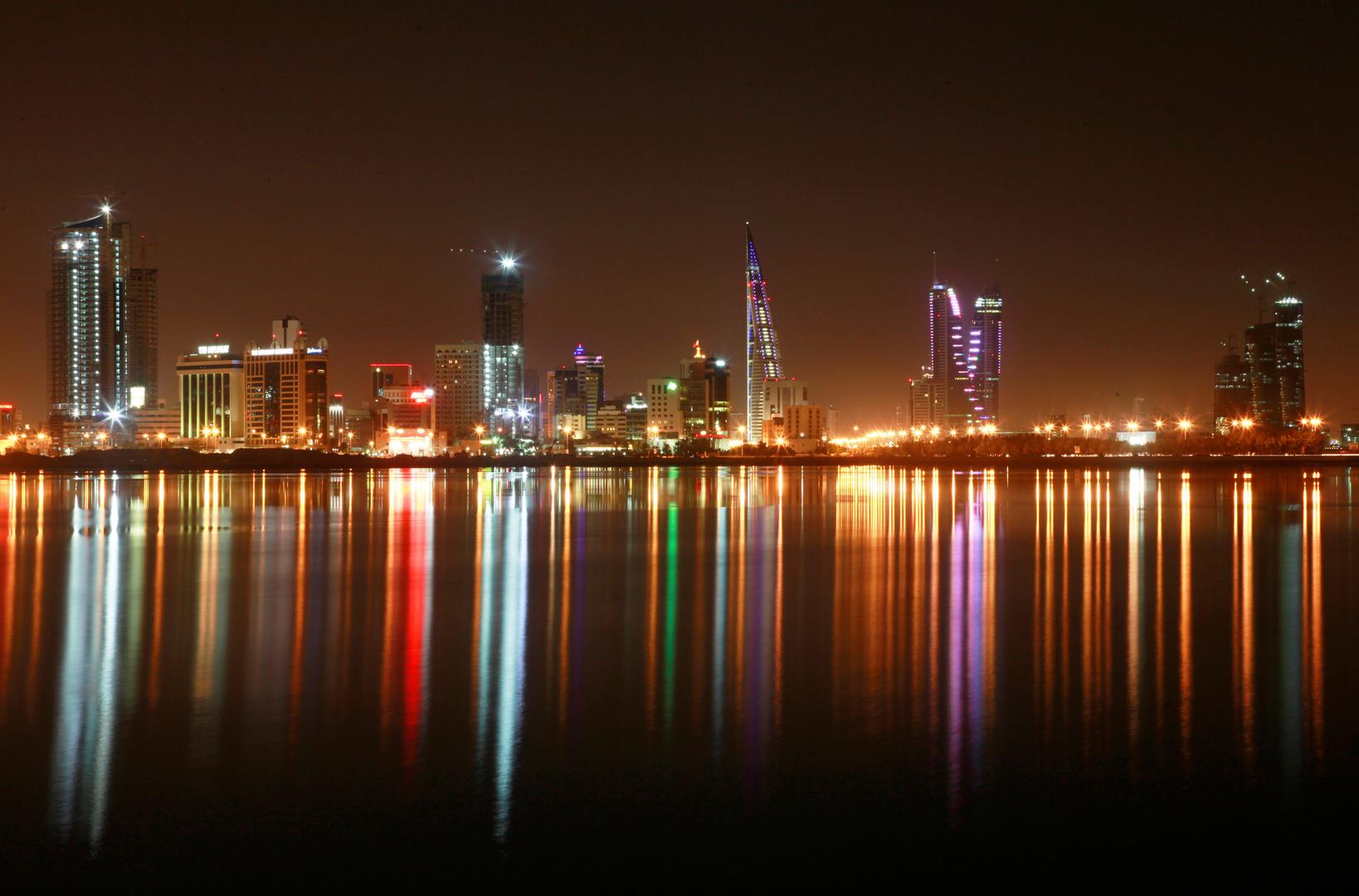 البحرين تعلق دخول المسافرين من 16 دولة بسبب كورونا