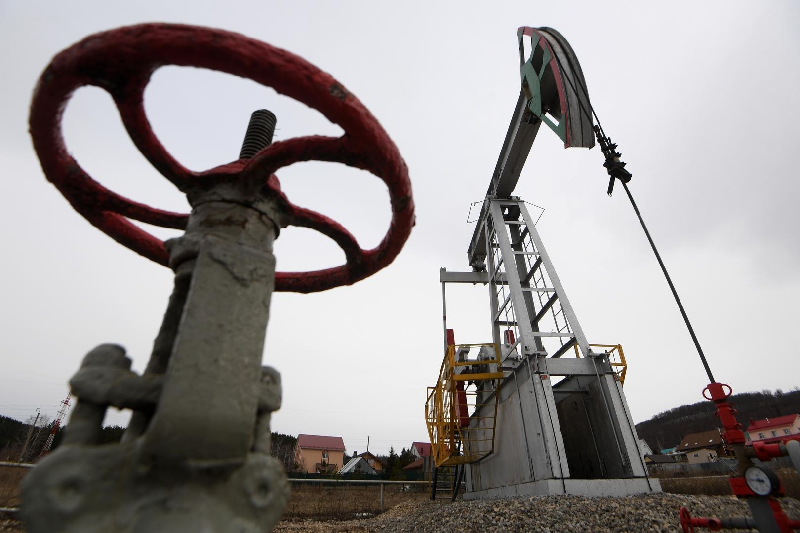 من أين أتى النفط؟ وهل حقا أن نهايته قريبة؟