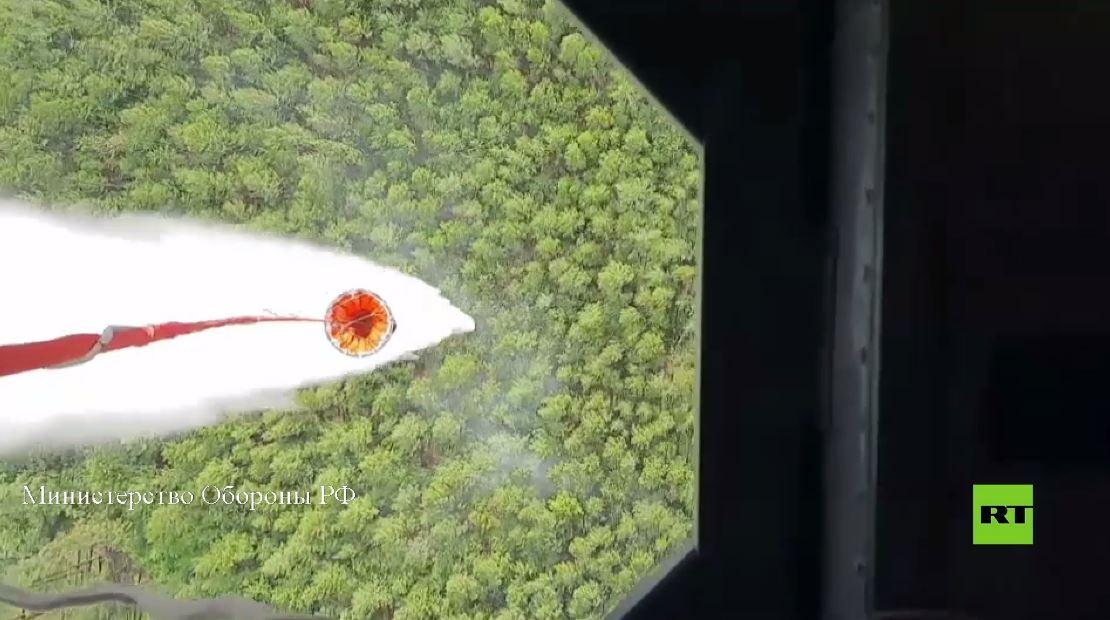القوات الجوية تساعد في مكافحة الحرائق في ياكوتيا