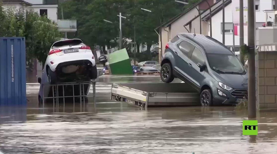 مشاهد جديدة لفيضانات مدمرة وقاتلة في ألمانيا