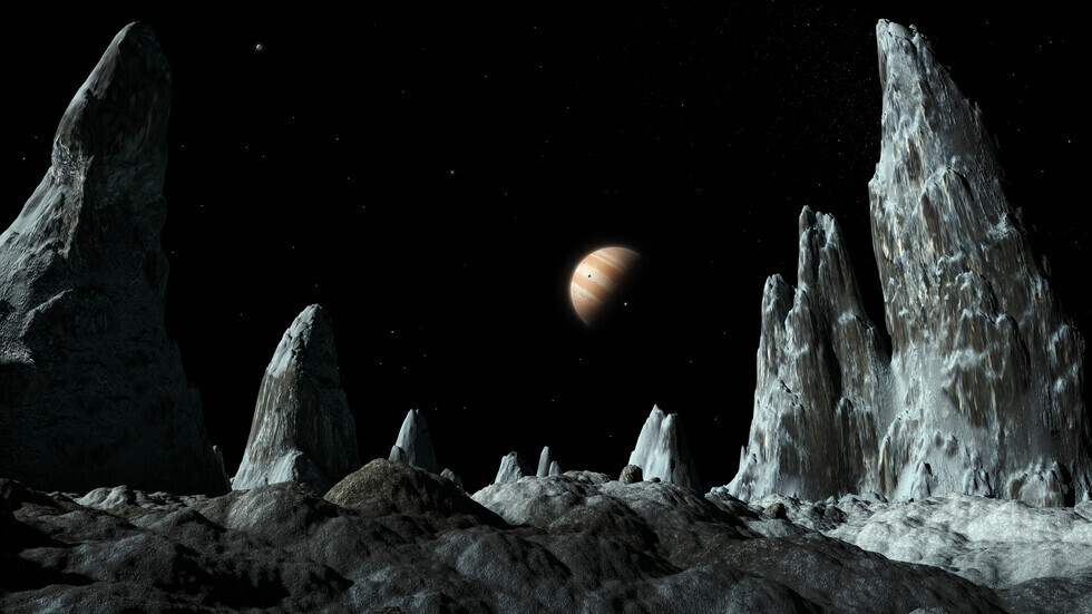 جولة مع مركبة جونو وهي تتخطى أكبر قمر في المجموعة الشمسية وكوكب المشتري