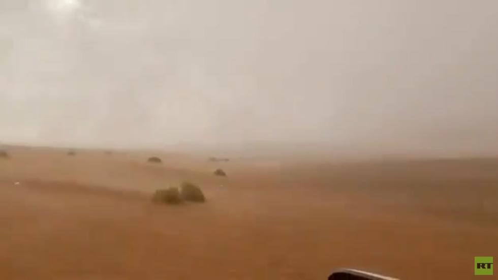 الإمارات تختبر طريقة جديدة للاستمطار