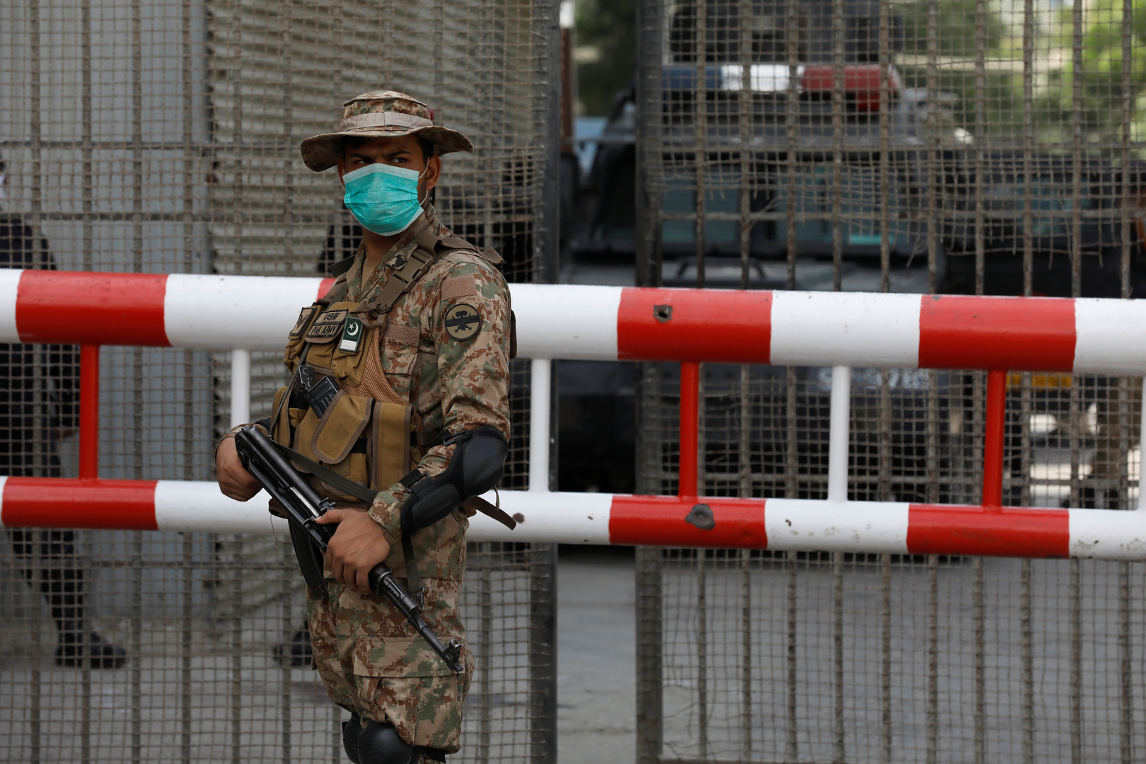 الجيش الباكستاني ينقذ 5 عمال خطفهم متشددون قرب الحدود الأفغانية