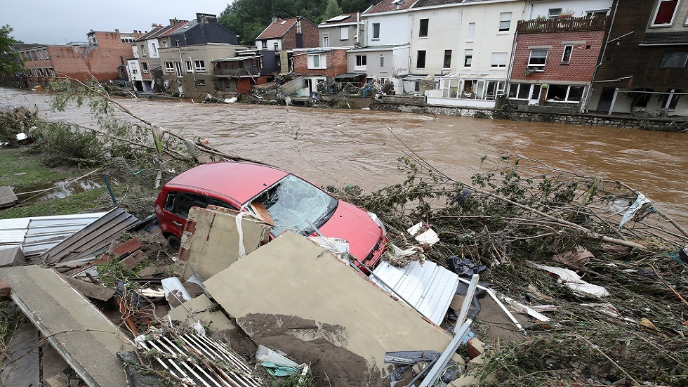 بلجيكا.. حاكم مقاطعة لييج يتحدث عن 23 قتيلا جراء الفيضانات