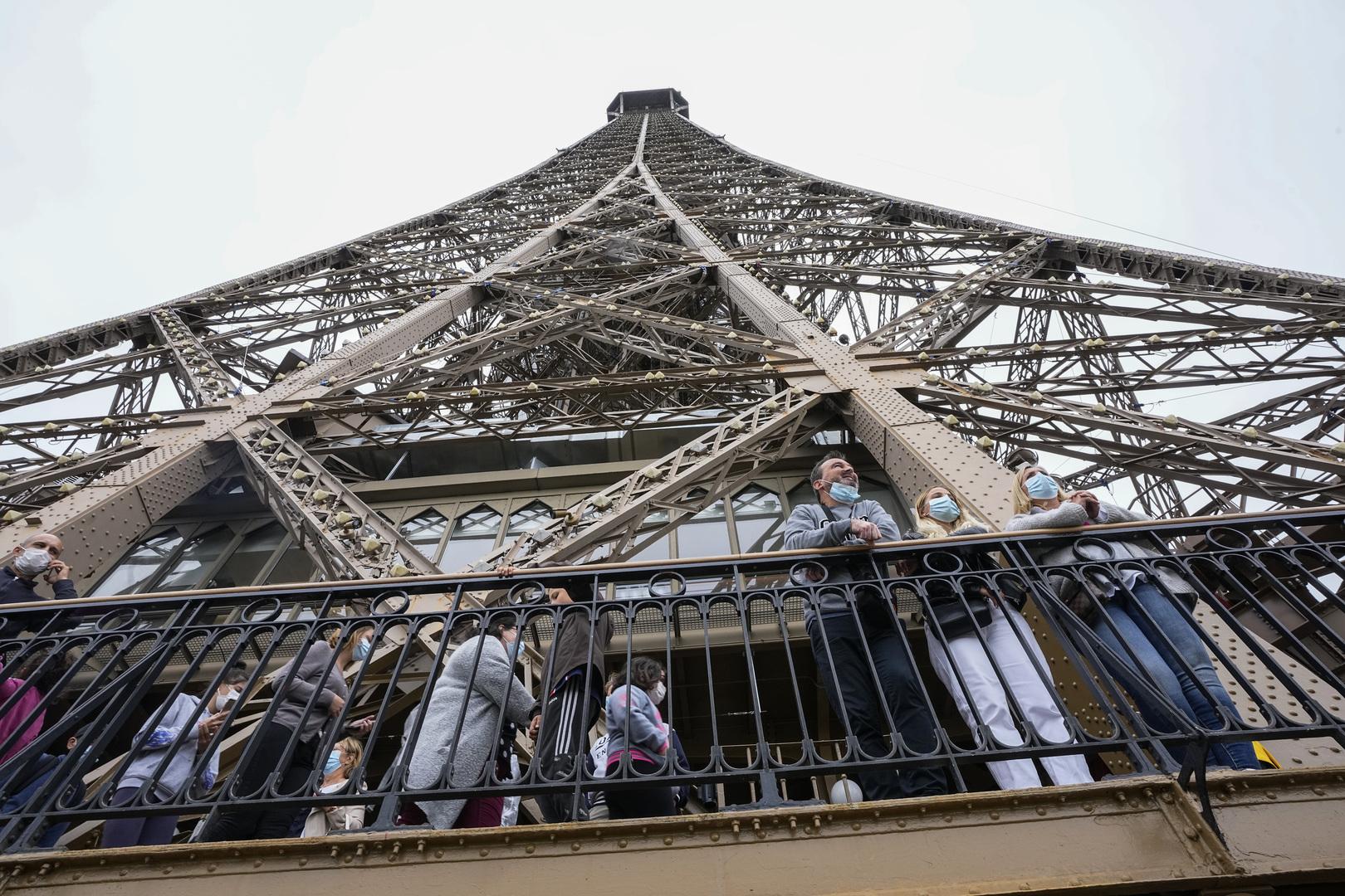 فرنسا تسمح بدخول الزوار الذين تلقوا لقاح