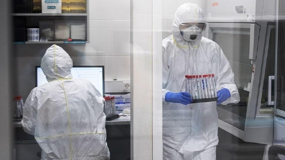 أخصائي مناعة روسي: لن تضطر إلى إعادة التطعيم طوال حياتك
