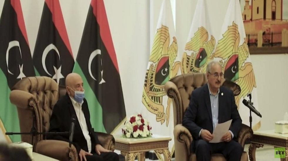حفتر يعلن دعمه لجهود إنجاح الانتخابات