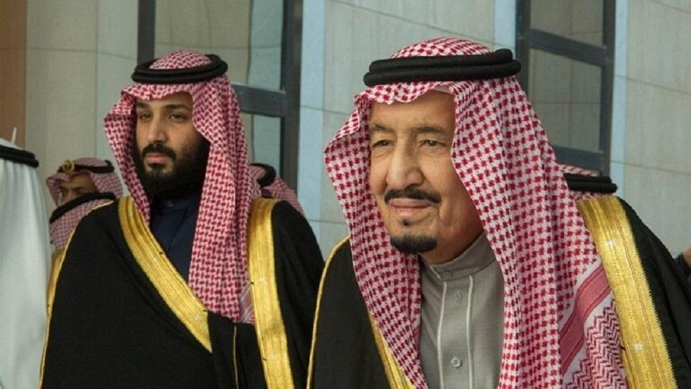 مواطن سعودي يناشد عاهل البلاد وولي عهده التدخل لإنقاذه - فيديو