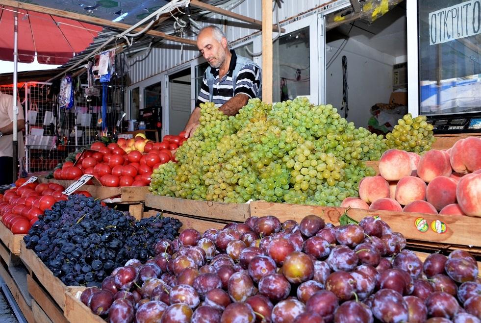 خبيرة تغذية تتحدث عن مناعة الفاكهة والثمار للوقاية من الفيروسات