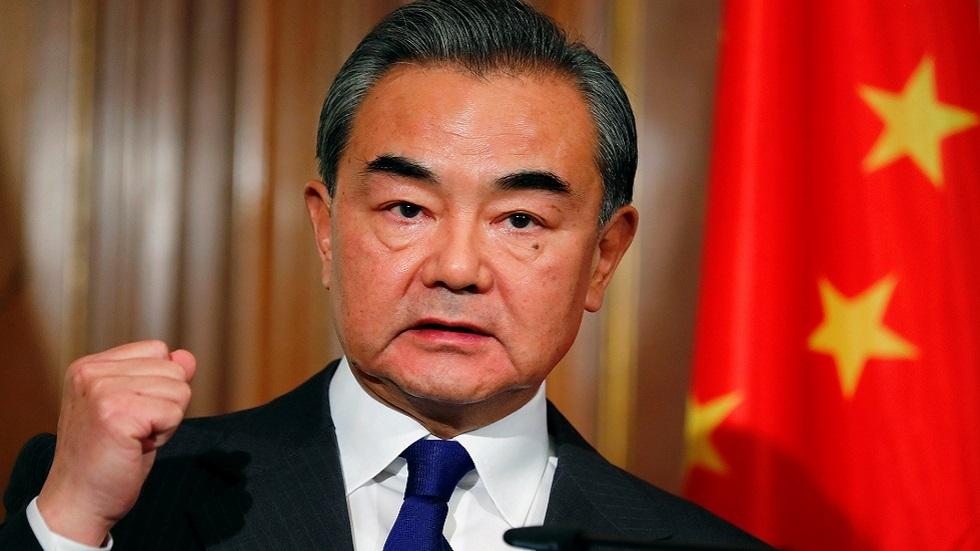 وزير خارجية الصين: نعارض أي محاولة لتغيير النظام في سوريا