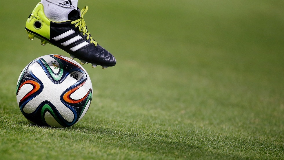 إيقاف لاعبة كرة قدم روسية ومواطنين لها