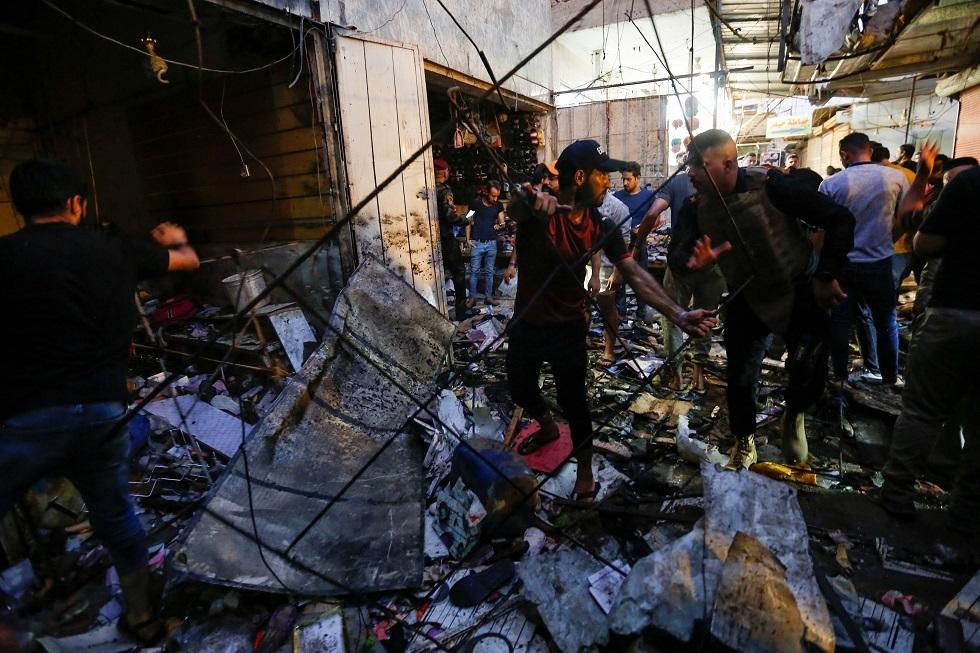 25 قتيلا على الأقل في انفجار قنبلة زرعت على جانب طريق بالعاصمة العراقية بغداد