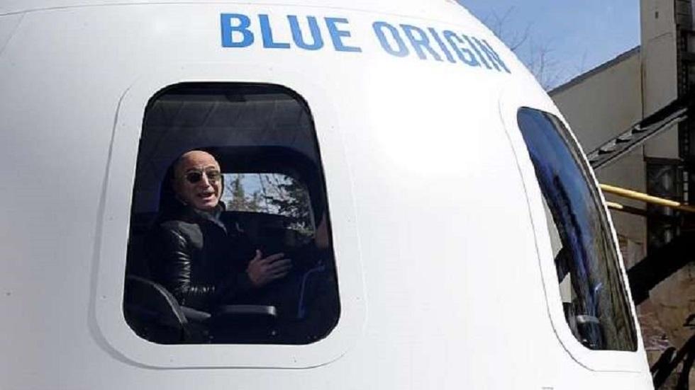 كيف جُهّز الطاقم؟.. جيف بيزوس ينطلق إلى الفضاء اليوم في رحلة قد تحقق رقمين قياسيين!