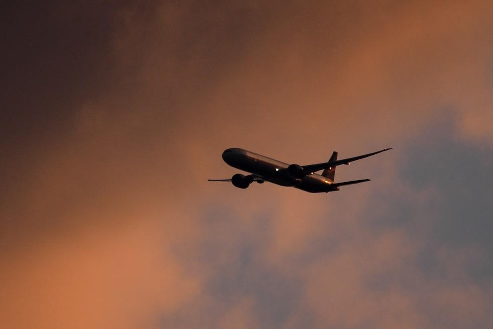 إخراج راكبين من طائرة في فلاديفوستوك لتشاجرهما على مقعد بجوار النافذة