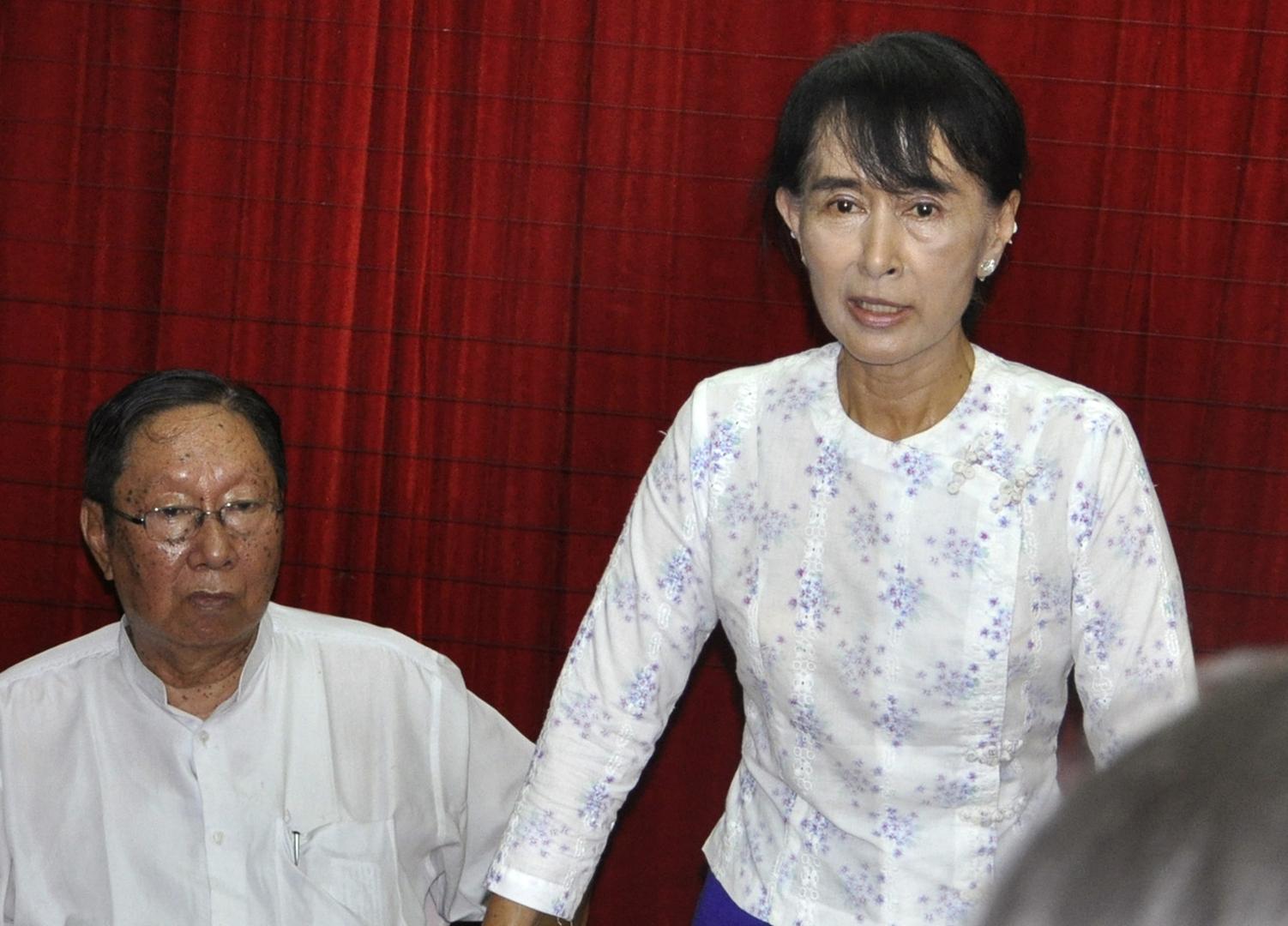 داخل سجنه.. وفاة كبير مستشاري زعيمة ميانمار المخلوعة بسبب كوفيد